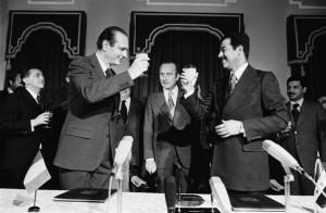 Jacques Chirac, Premier Ministre et Saddam Hussein à Bagdad, 1974