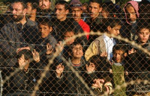 Palestinians-protest-fences-around-Gaza